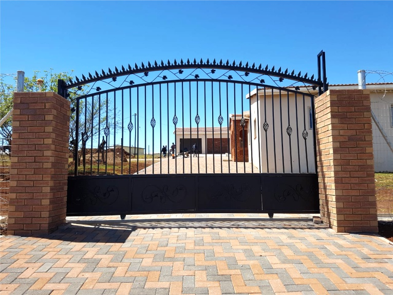 Ethekwini Fencing For The Best Fencing Solutions